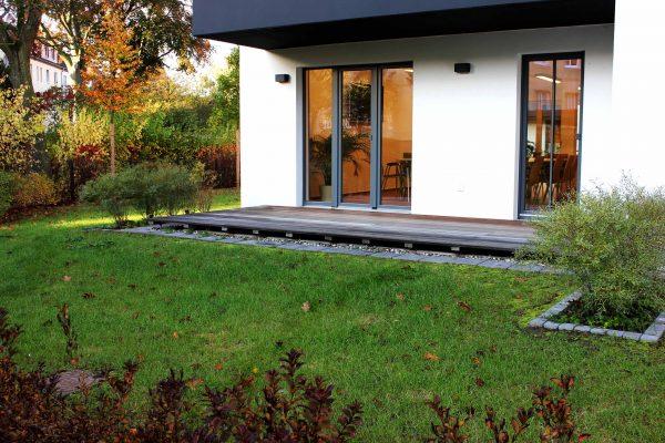 Terrasse am Veranstaltungsraum Fuchsbau