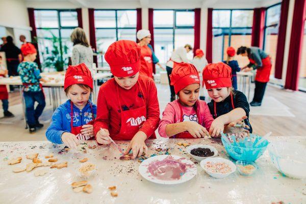 Weihnachtsbäckerei in Greifswald veranstaltet von der WGG
